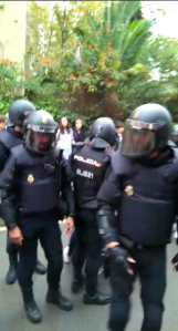 Spanish police arriving at a polling place October 1 2017